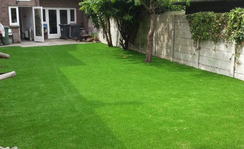 20130612 151942 820x500 - Kunstgras voor in uw tuin