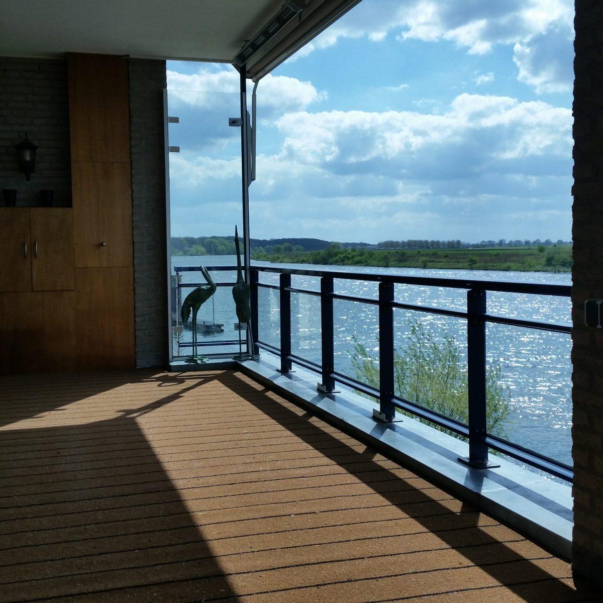 Buitentapijt Teak op balkon