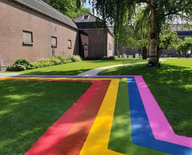 Regenboogloper centraal museum utrecht