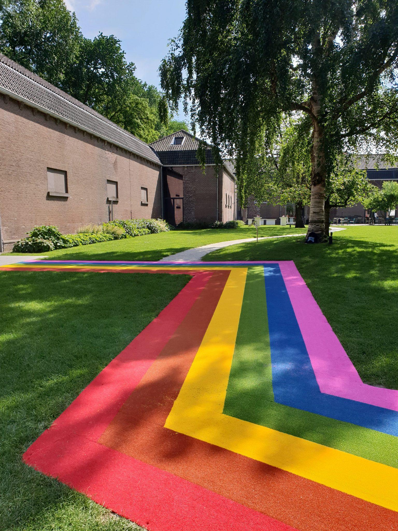 20180611 161841 - Regenboogpad bij centraal museum Utrecht