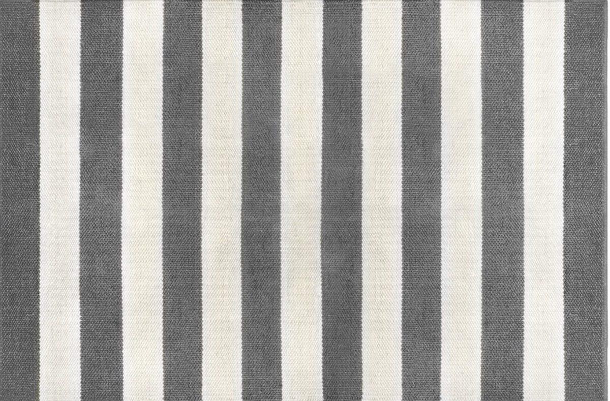 Highway lilcht grijs 2 1200x789 - Luxe Buitenkleden Green Label - Fab 3
